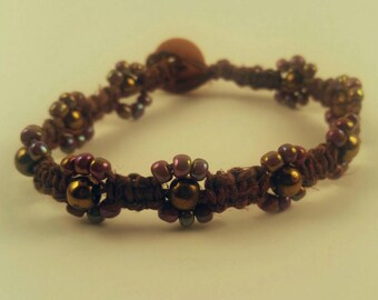Floral Beaded Hemp Bracelet