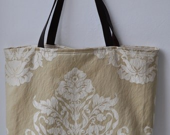bag/tote with leather handle