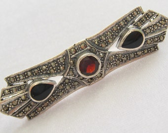 Art Deco Sterling Silver & Marcasite Bar Pin with 6 mm Garnet and 2 Onyx Teardrops