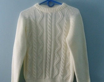 ON SALE Children's 70's Cable Knit Sweater / Vintage fisherman knit acrylic jumper / size 10 /12