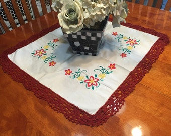 Vintage White Embroidered table runner with a red crochet border for home decor by MarlenesAttic