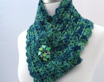 Hand crochet scarf in blue-green merino wool