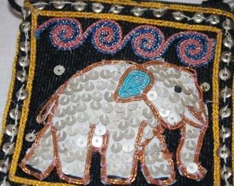 Vintage Boho Hand Beaded Elephant Purse Souvenir Bag Handbeaded Zipper Closure