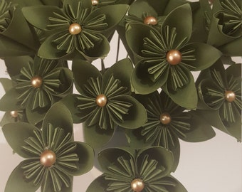 MOVING SALE: Bronze Pearls Bouquet of 20 stemmed flowers