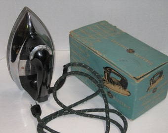 Vintage General Electric Automatic Budget Iron In It's Origional Box, Photo Prop