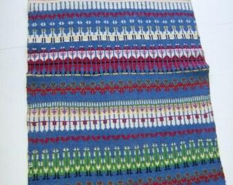 Vintage Swedish hand woven wall hanging - Gubbaväv - Rana - Bunden Rosengång - Christmas motif