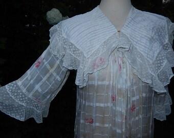 Antique woven gauze & lace roses robe boudoir pintucks circa 1890