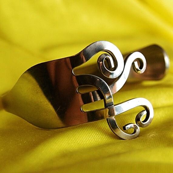 Vintage bracelet ,fork bracelet, gift for her, small gifts, romantic gifts, gift for girl