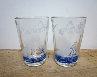 2 vintage french glasses, Antique glass, Verres, Lyrics, Boat, 1950, Mid century, France