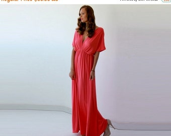 Red maxi formal gown, Maxi red dress with bat-wings sleeves
