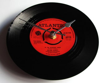 """WILSON PICKETT """"In The Midnight Hour"""" Vinyl Record CLOCK made from a recycled 7"""" single Soul Motown Blues R&B black and red Atlantic label"""