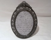 15 % OFF SALE Vintage 1990s Oval Ornate Victorian Style Photo Frame, Picture Frame,  Gift, Wedding