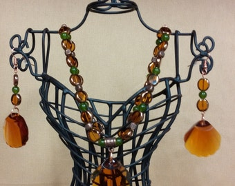 Amber Glass Shell Necklace with Matching Earrings Set