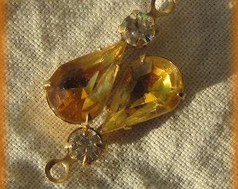 22MM Crystal Topaz Jonquil Givre Brass Rhinestone Pear Teardrop 1 Ring Drop