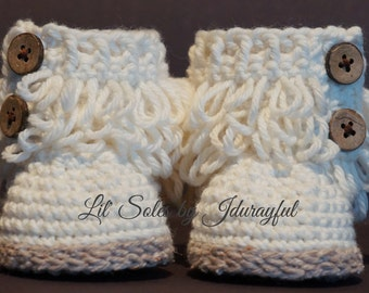 Crochet Baby Shoes, Crochet Baby Booties, Neutral Baby Booties, Baby Girl, Baby Boy, Baby Shower Gift, Neutral Baby Shower Gift, Cream / Tan