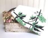 VINTAGE FLORAL TABLECLOTH - Green Grapes - Black - Vines - Kitchen Tablecloth - Printed - 1950s - Cotton Linen - Art Deco