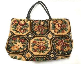 VINTAGE Carpet Bag - Tapestry Purse Handbag - Overnight Bag - Floral Rug Bag