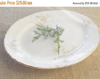 On Sale Cottage Chic Homer Laughlin Platter, G48N5, Antique, Shabby Chic, French Decor, Farmhouse