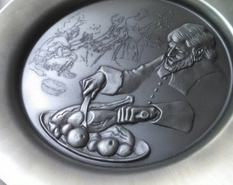 Vintage collectible plate Hamilton mint collectible first Thanksgiving pewter plate in original box