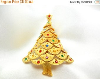 Holiday Sale Christmas Tree Brooch Signed JJ