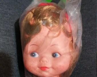 Doll Craftin' 162-95 3 inch. Jodie Head. Blue eyes. Light brown hair.