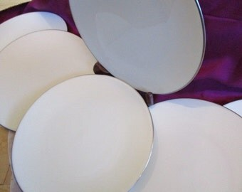 Lenox Olympia Platinum Bread plates, Lenox Wedding Creamy not pure white colored china, China Galore,  Like New, 6 included