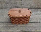 Napkin holder basket with lid Red Elm wood