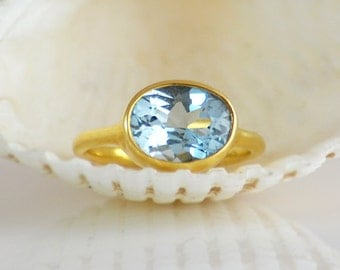 London Blue Topaz Ring, December Birthstone Ring, Gemstone Ring, lisa eldridge Ring, Gold Ring, Oval Ring, Bezel set ring size 5 6 7 8 9
