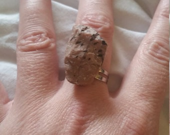 Fresh(unique) ring rock from nature adjustable