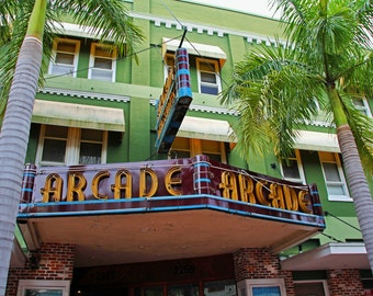 The Arcade-Florida Repertory Theatre II (FREE shipping in the U.S. only)