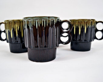 VTG- Two tone, 1970s, dark Brown and Beige, drip glaze, Rustic, Terracotta, Double Handle, Coffee Mugs, Set of 4, Made in Japan, Cabin style