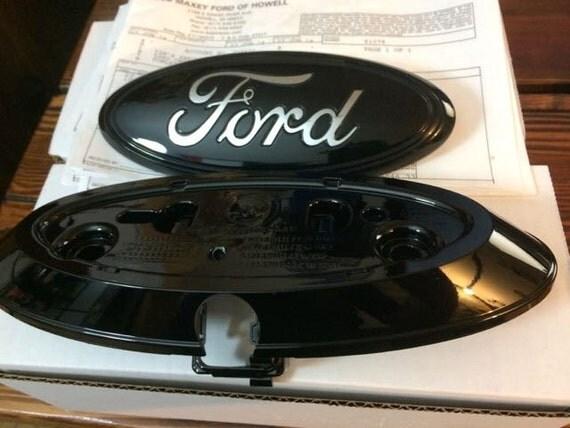 2011-6 Ford F-150 SERIES oval emblem Custom setBlack