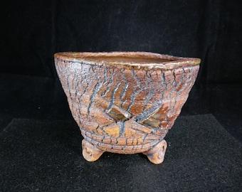 Chingwenarts. handmade  stoneware, succulents ,planter,with drain hole   #E115