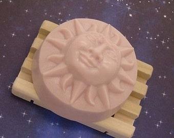 Black Amber & Lavender Goats Milk Soap-Round Laughing Sun Bar 4.5 Oz-Handmade-Free Shipping-Vanilla-Egyptian Musk-Clary Sage
