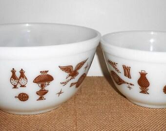 Vintage Bowls, Pyrex, Early America, Nesting Bowls,  Mixing Bowl, Pyrex Bowl, Glass Bowl, Set of Two