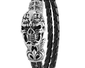 Leather Bracelet braided black with Skull Pendant Stainless Stell Jewelry