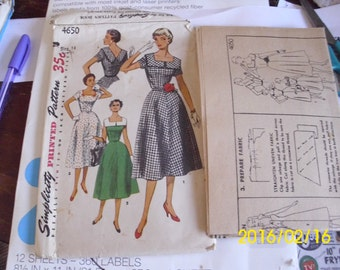 1954 Simplicity Pattern 4650 Square Front Bodice V-Back Dress Sz 14 32 Bust