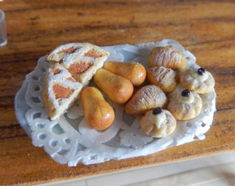 Selection neapolitan pastries