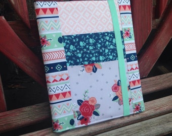 Stripe and Floral Ministry folder with 2 front pockets