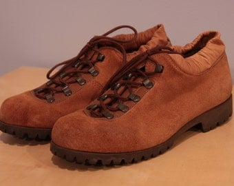 Dunham's Tyroleans Vintage Italian Women's Booties/Hiking Shoes