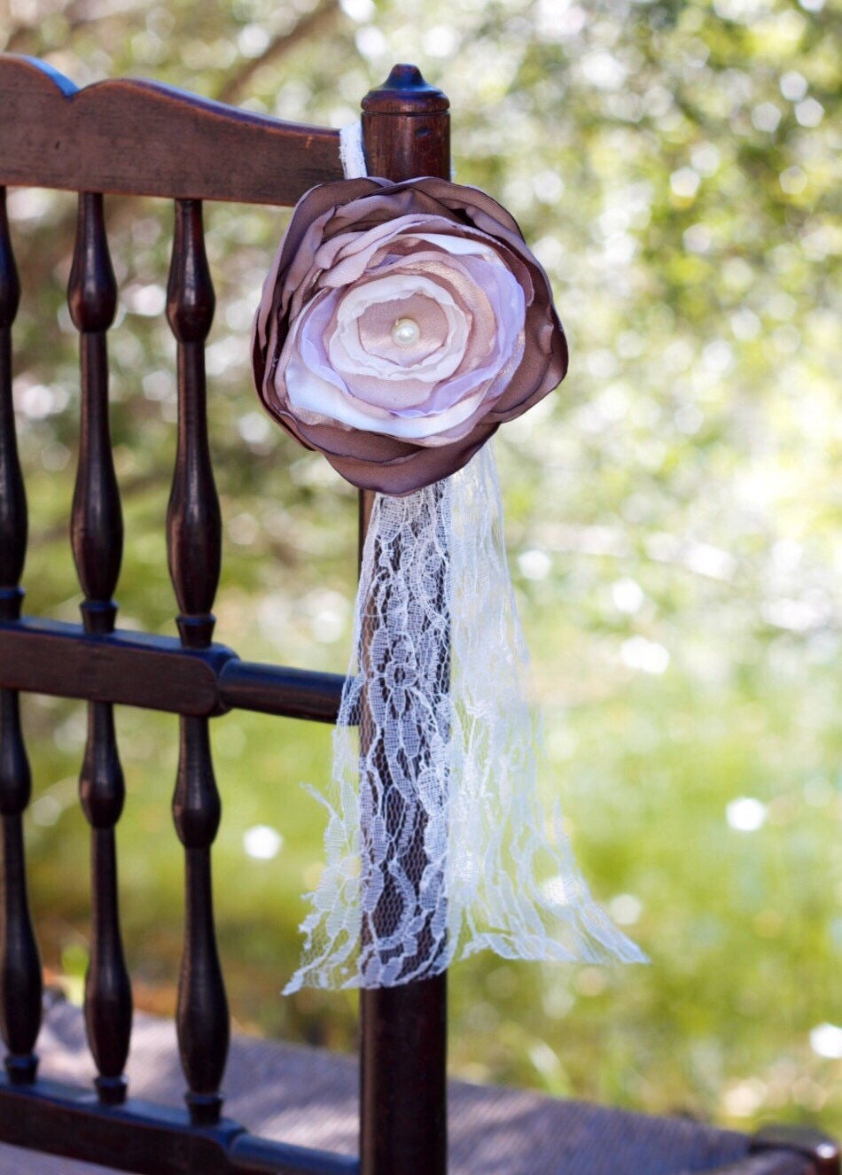 Hanging chair decor wedding table decor aisle decorations for Table and chair decorations for weddings