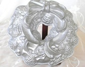 50% OFF SALE Holiday Christmas Bundt Pan, Made by Nordic Wear, Features Pine Cones and Bow, Cast Aluminum Pan, Great Condition