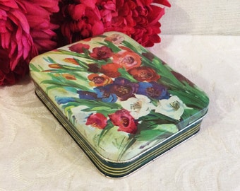 Lovely Vintage Italian Confection Tin Box, Motta Milan, Watercolor Flowers, Floral Art, Green Floral Box, Mid Century, Vintage Candy Tin