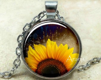 Sunflowers, sunflower pendant, sunflower necklace, sunflower jewelry, sunflower photo pendant, sunflowers, Pendant #PL190P