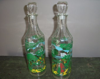 Set of 2 Vintage Pirate Rum Bottles with Stoppers Decanters Barware Display Excellent Graphics