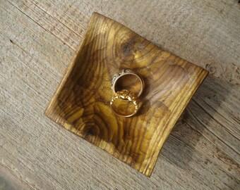 Wedding ring tray - Sumac wood tray - Wood key tray - Anniversary gift - Ring tray - Rustic decor - Wood Key tray - Jewelry Dish - Ring Dish