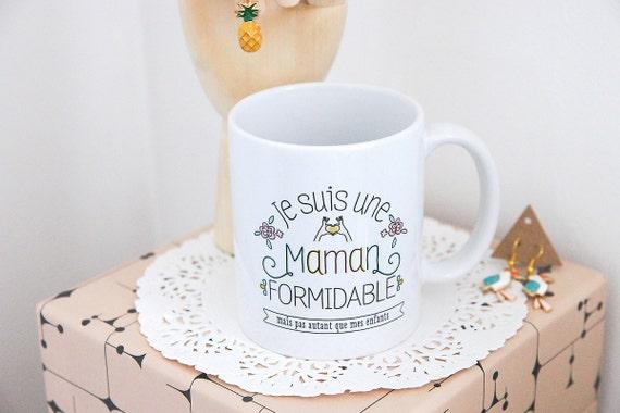 le mug je suis une maman formidable mug personnalis cadeau. Black Bedroom Furniture Sets. Home Design Ideas