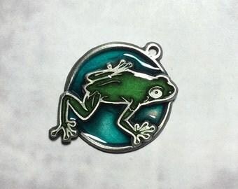 Pewter Climbing frog pendant