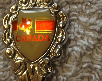 """Collector Souvenir Spoon Canada Maple Leaf White and Red Design 4 3/4"""" SP191"""