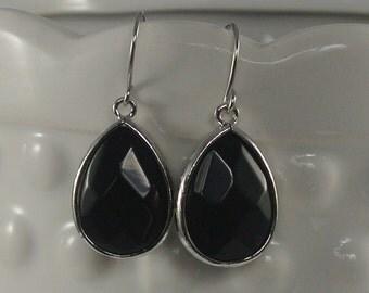 Large Tear Drop Onix Dangle Earrings